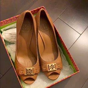 Tory Burch Royal Tan Open Toe Wedge (Almost New)